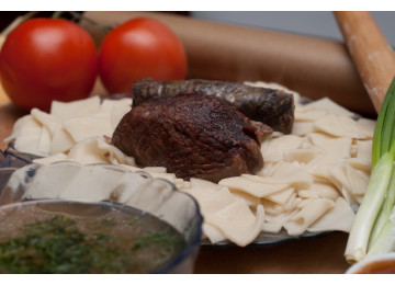 Хинкал Лезгинский (Кумыкский) с сушеной колбасой / 450 гр