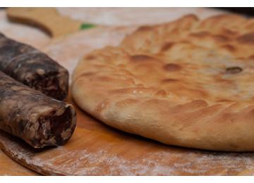 Чуду даргинское с сушеной колбасой и картошкой (пирог) / 800 гр
